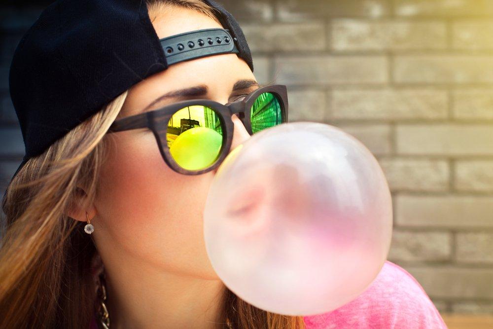Жевательная резинка - влияние на здоровье зубов